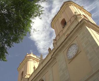 torres-de-la-iglesia-de-san-bartoleme-de-petrel