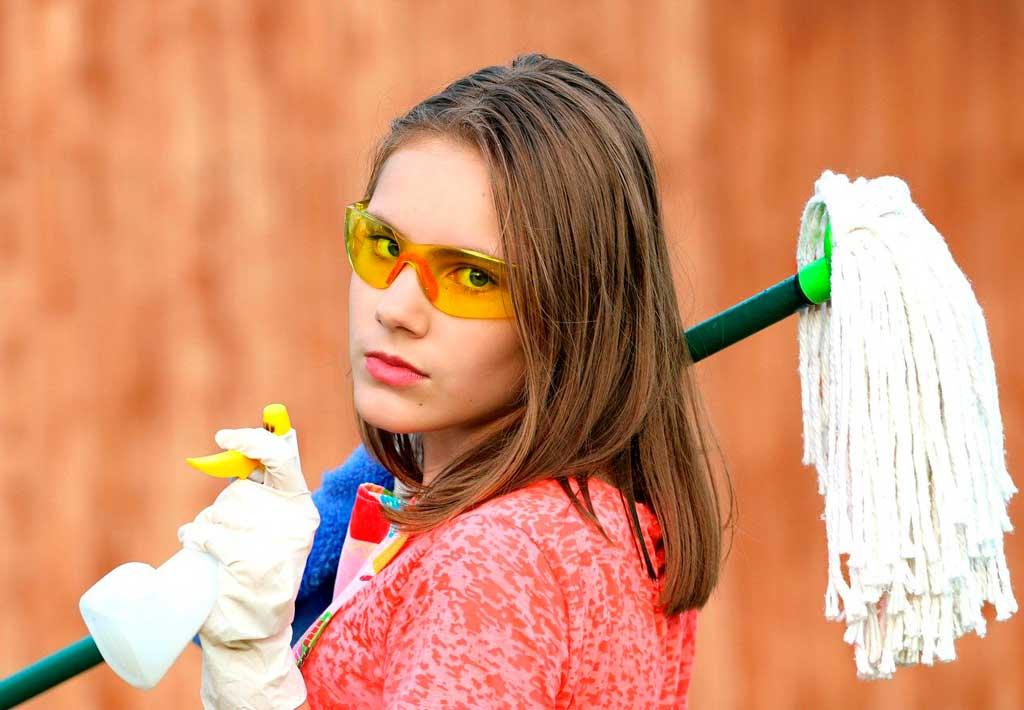 5 trucos para limpiar la casa antes de mudarte
